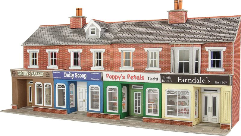 Metcalfe PO272 Low Relief Red Brick Shop Fronts Card Kit - OO / HO Scale