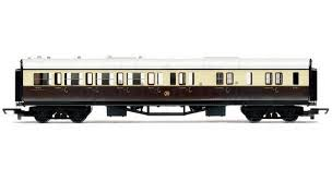 Hornby R4524 Railroad GWR Brake Coach - OO Gauge