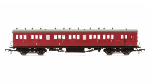 Hornby R4748A BR 58ft Maunsell Rebuilt 6 Compartment Brake Composite Coach - OO Gauge