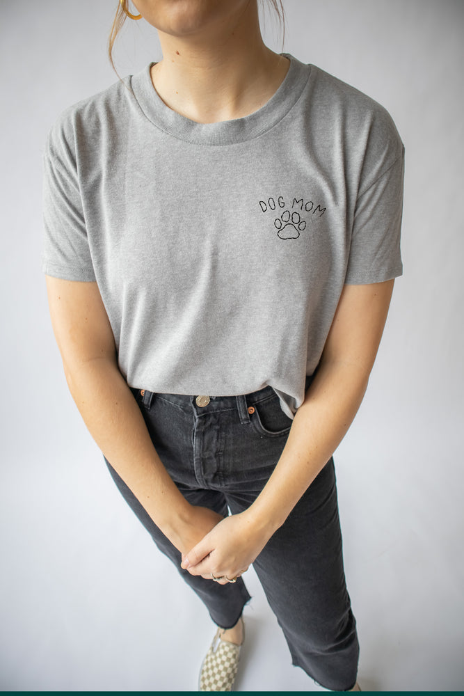 Dog Mom Cropped Tee