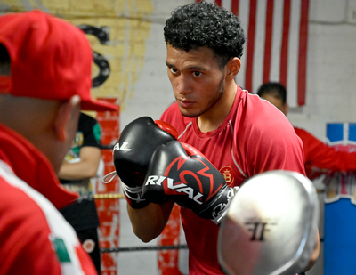 Benavidez to Face Veteran Ellis This Coming Weekend
