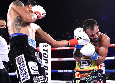 Navarrete Scores Knockout Win in First Title Defense
