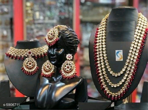 New Stylish Trendy Women's Jewellery Sets