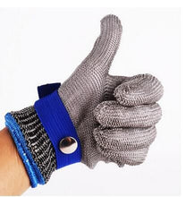 Load image into Gallery viewer, Cut Proof Stab Resistant Stainless Steel Gloves Metal Mesh Butcher Winter Gloves Tactical Guantes Warm Soft Handschoenen C30109