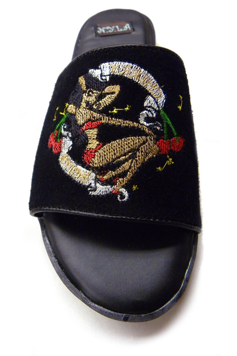 Embroidered artwork suede slippers - Tsubo Shoes