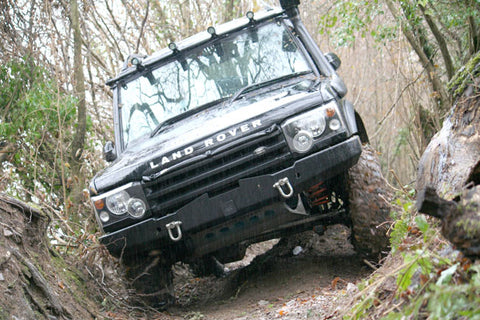 Land Rover Discovery 2 in action