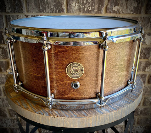 DrumPickers DP Custom Line Heritage Classic II / 14x6.5 8-Ply Maple Snare Drum in #41 Red Mahogany