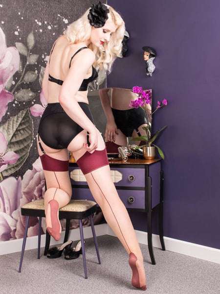 Seamed Stockings Purple Glamour
