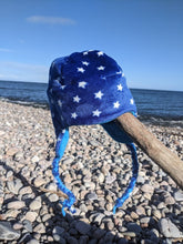 Load image into Gallery viewer, Tassle hat navy stars