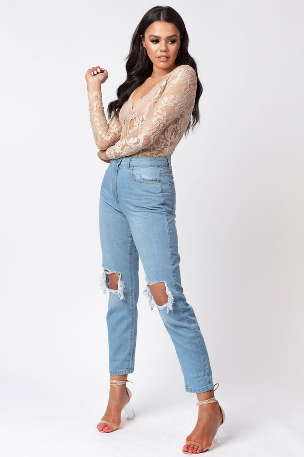 Distressed turn up hem boyfriend jean