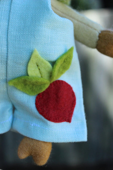 Pattern & Wool Felt DIY Kit - May Blossom Hubert Radish