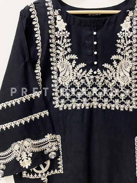 Black Embroidered Kurta - 52988