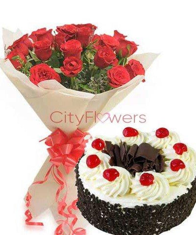 CHARMING LOVE WITH CAKE flowers CityFlowersIndia