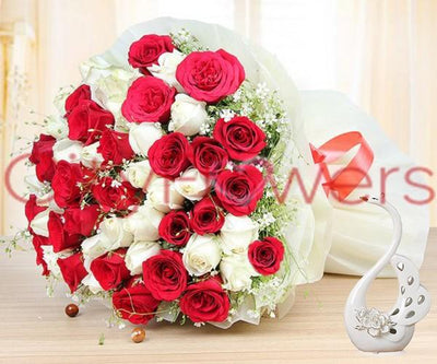 WHITE AND RED FAMINA flowers CityFlowersIndia