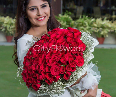 RED RAPTURE BOUQUET flowers CityFlowersIndia