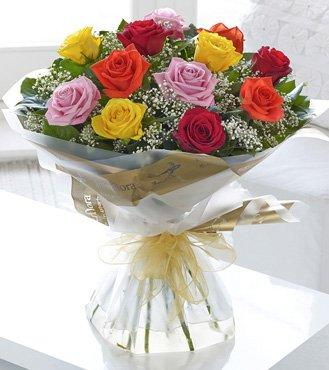 Assorted Valentine Rose Bouquet flowers CityFlowersIndia