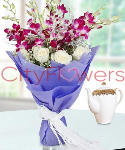 HOPELESSLY DEVOTED flowers CityFlowersIndia