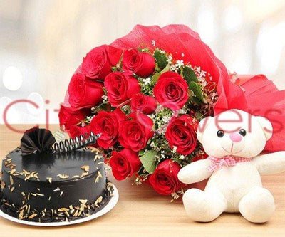 WHOM YOU LOVE WITH CAKE flowers CityFlowersIndia