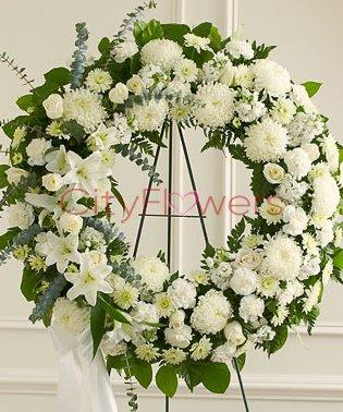 SYMPATHY WREATH PURE WHITE BEAUTY flowers CityFlowersIndia