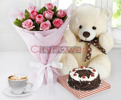 CUDDLY CRAZE IN LOVE WITH CAKE flowers CityFlowersIndia