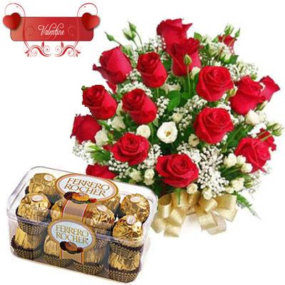 Ferrero Rocher Box (200 gm) & Red Roses flowers CityFlowersIndia