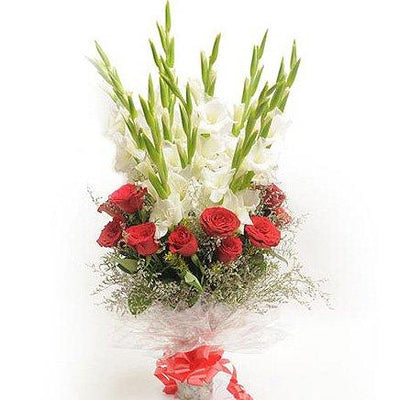 Catchy Hand Tied Bouquet flowers CityFlowersIndia
