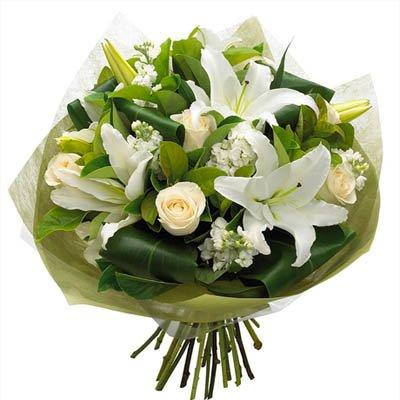 Radiant White Bouquet flowers CityFlowersIndia