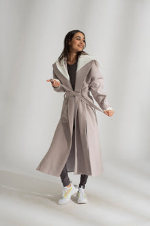 THE HOLLY COAT