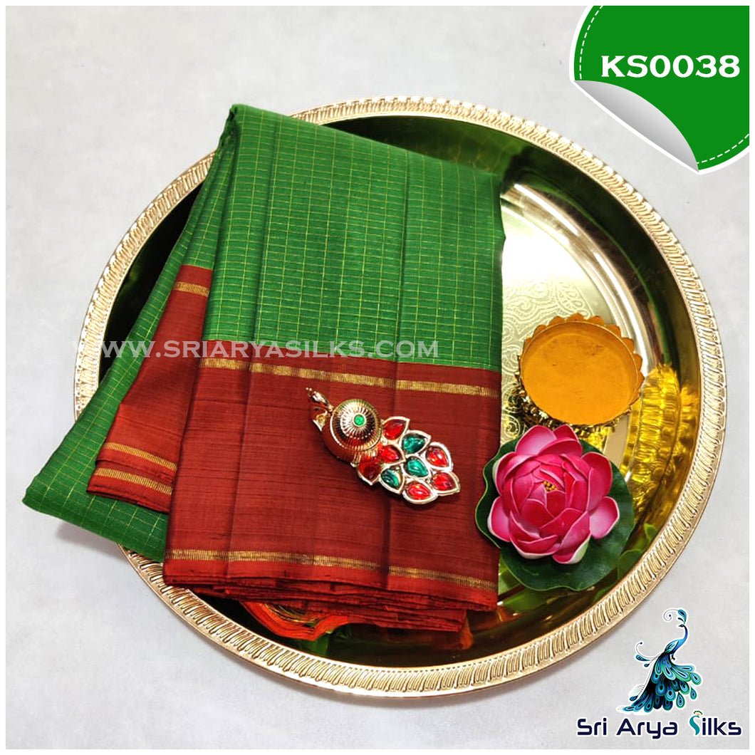 Green Zari Checked Kanchivaram Korvai Silk Saree with Contrast Rust Retta Pade Border