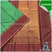 Load image into Gallery viewer, Green Zari Checked Kanchivaram Korvai Silk Saree with Contrast Rust Retta Pade Border