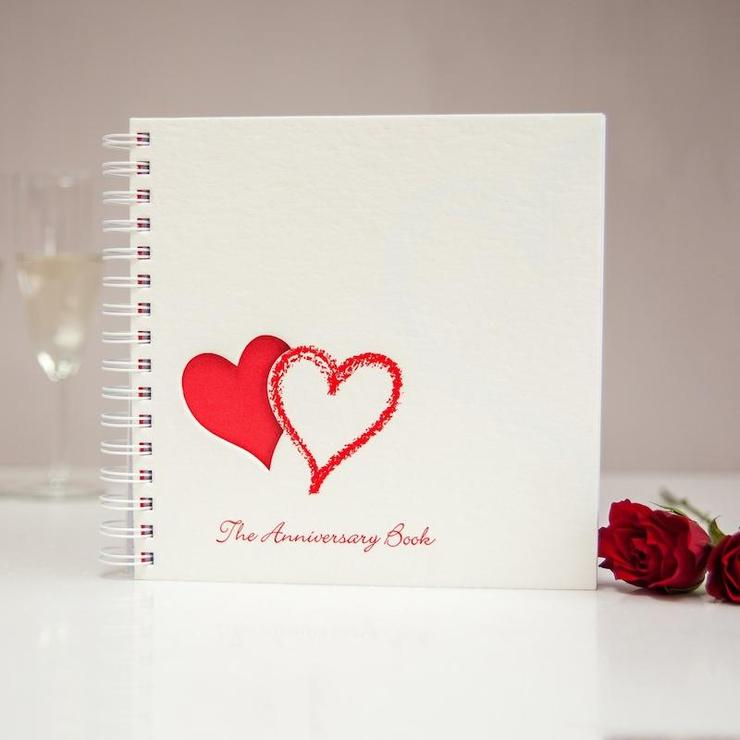 Wedding and Anniversary Keepsakes and Memories Books