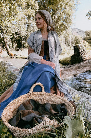 A Summer Walk with CHARLOTTE, an 18th-Century Over-Dress in Toffee Linen