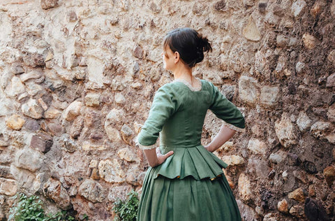 Atelier Serraspina, Manon, an 18th-century outfit with skirted jacket in grass green linen