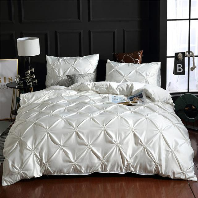 White Silk Pintuck Duvet Set