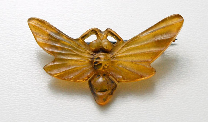 carved horn, insect, moth, georges pierre, elizabeth bonte, art nouveau, antique,