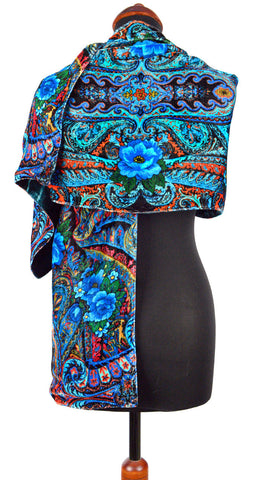 Blue Roses at the Circus, silk velvet scarf. BLACK back.