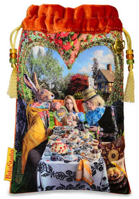 Alice and the Tea Party tarot pouch, Alice in Wonderland, silk velvet tarot bag,Alice au pays des merveilles, Alice im wunderland