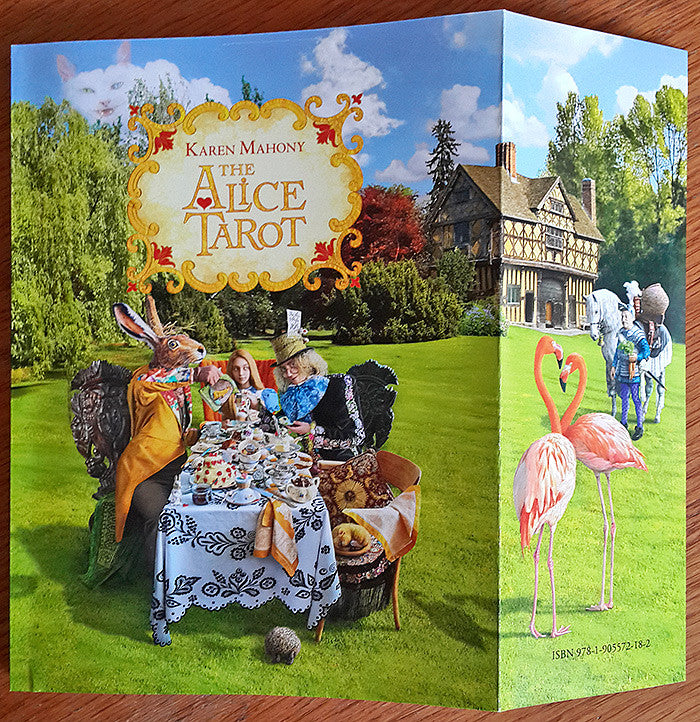 Alice Tarot companion book, alice in wonderland tarot deck, baba studio, , tarot cards, tarot deck, cartes de tarot, Tarot-karten