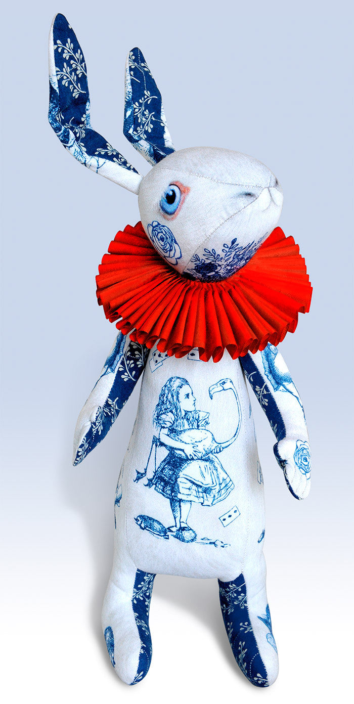 "The White Rabbit ""Indigo Alice"" art doll — One off with Alice Toile - Baba Store EU - 1"