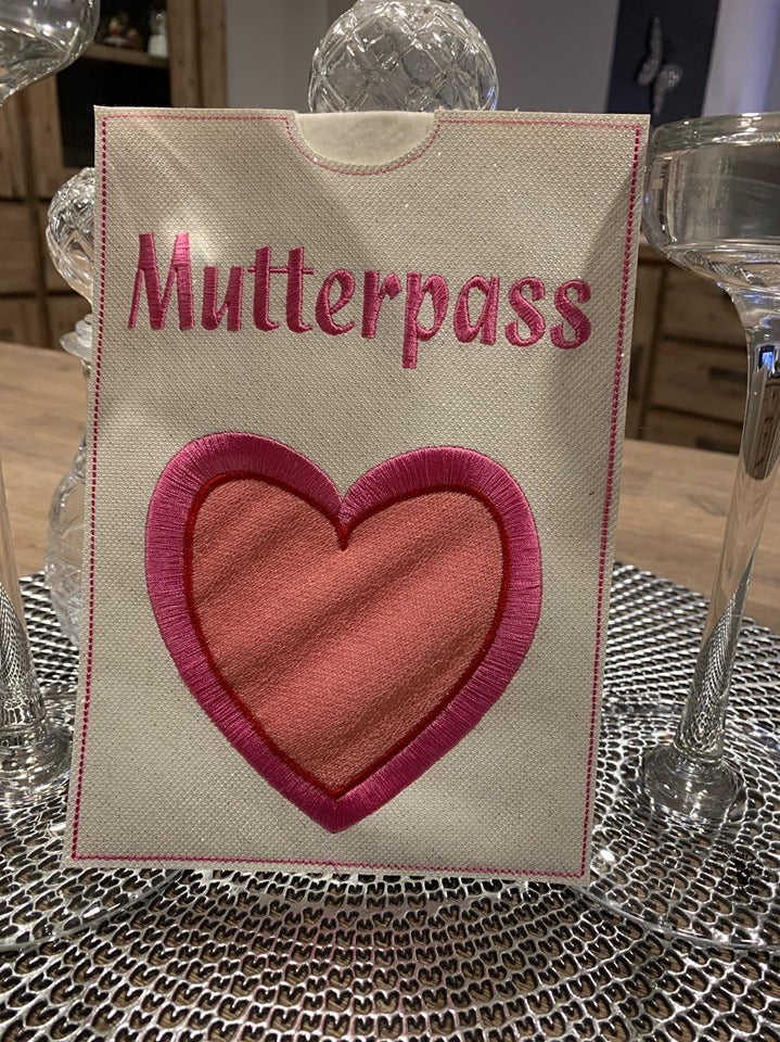 Stickdatei ITH Mutterpass Hülle