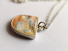 Load image into Gallery viewer, Metallic Necklace