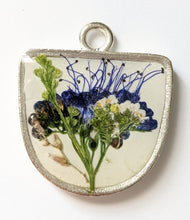 Load image into Gallery viewer, Large Floral Necklace