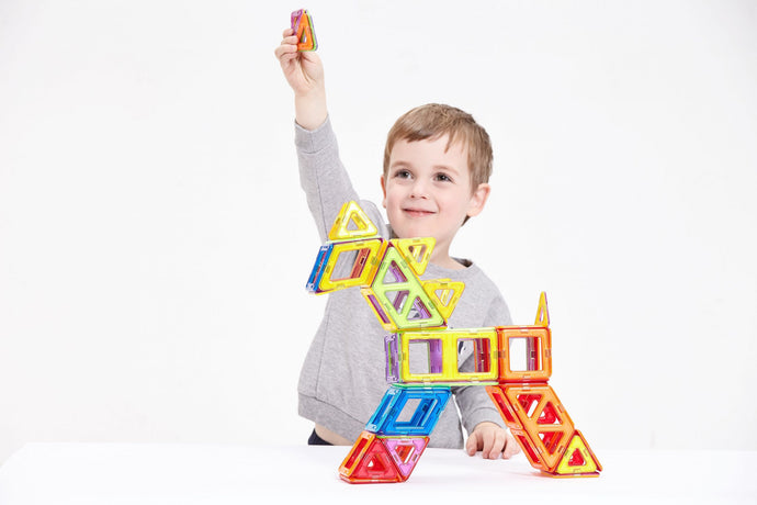 CossyKids: magnetic tiles as a building game