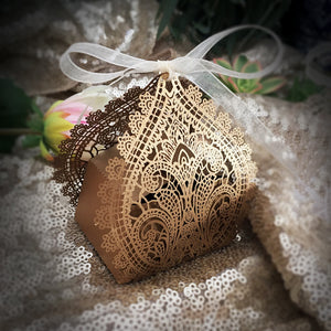Chantilly Lace Favor Box