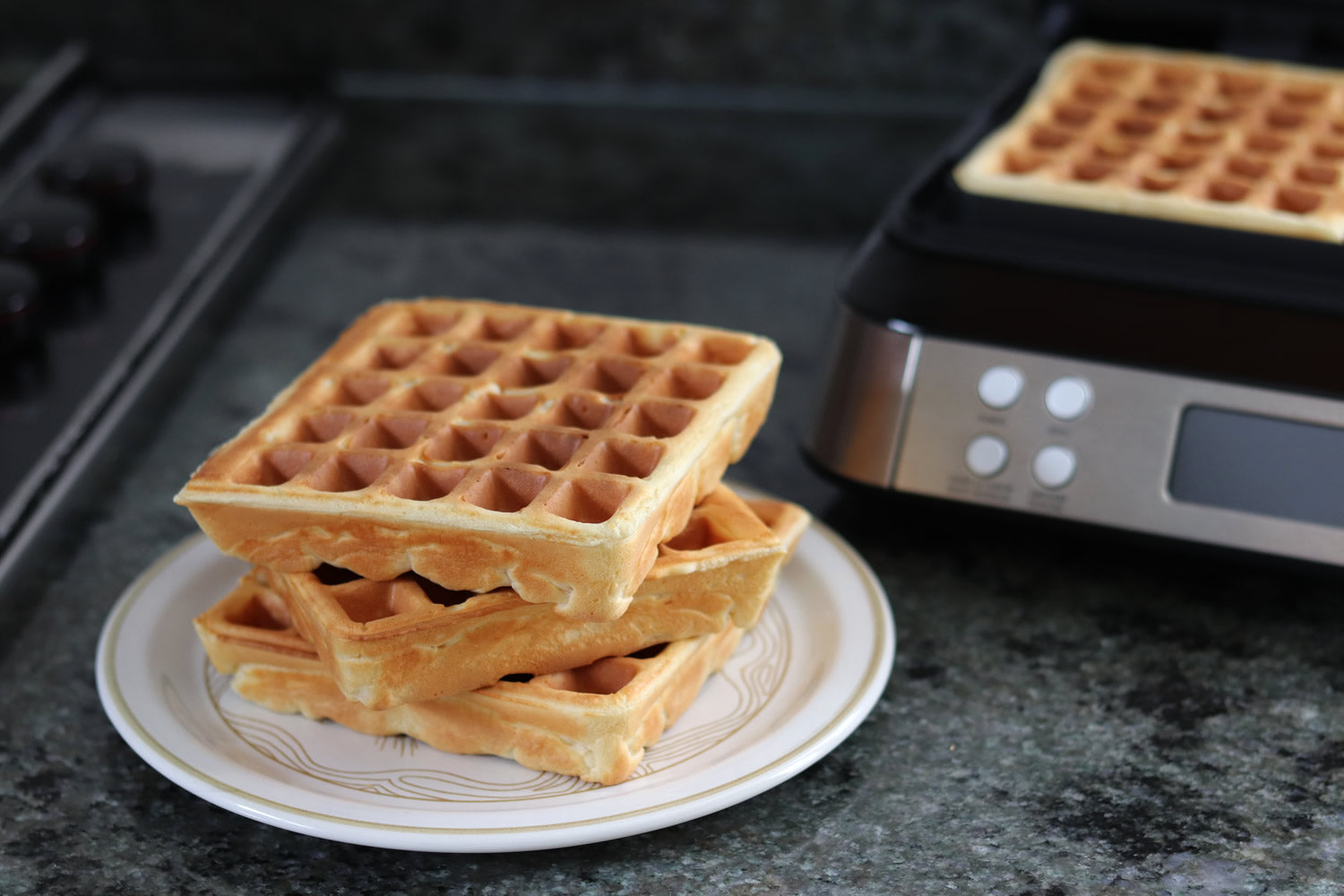 AICOOK   Waffle Maker 1600w, Smart Pro Belgian Waffle Iron with LCD Display, 2-Slice, 5 Different Programs, 7 Browning Levels, Recipe Included, Silver