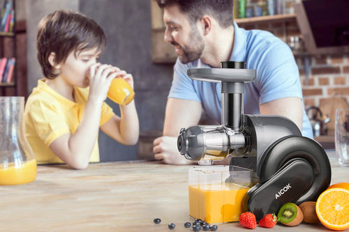 AICOK Juicer, Masticating Juice Extractor with Reverse Function, Cold Press Juicer with Juice Jug and Brush for High Nutrient Juice