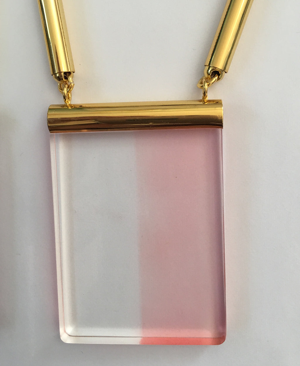 The Eleanor Lucite Necklace in Pink