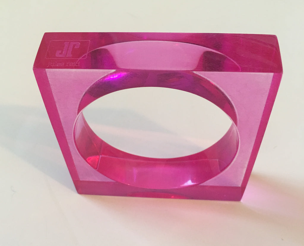 The Comet Lucite Bracelet in HOT Pink