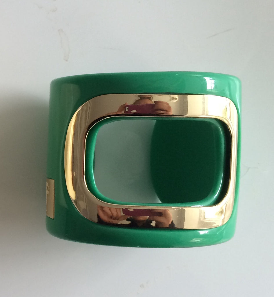 The Roma Cuff in Kelly Green