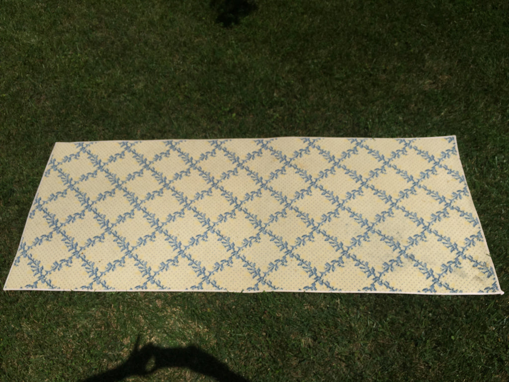 Stark wool lattice rug